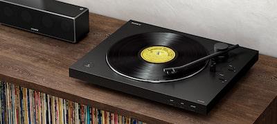 Originálny zvuk vinylu. Nová bezdrôtová sloboda.